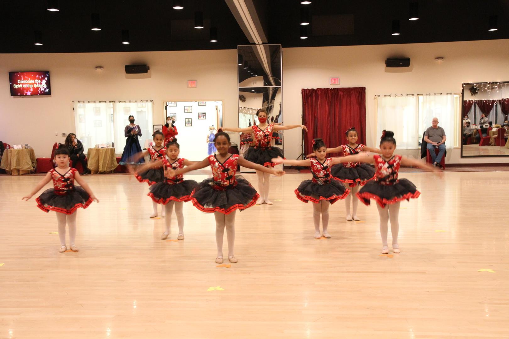 Children Ballet performance at Holiday Dance Showcase